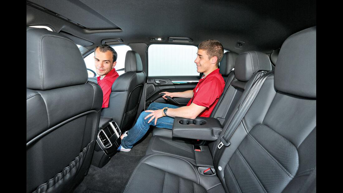 Porsche Cayenne Diesel, Rücksitz, Beinfreiheit