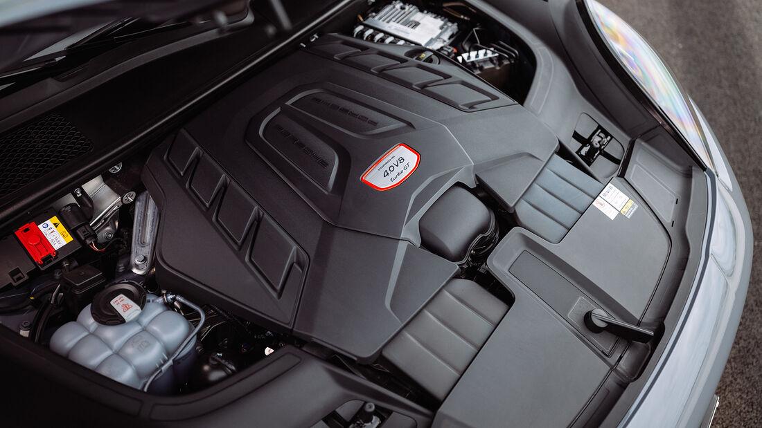 Porsche Cayenne Turbo GT, Motor