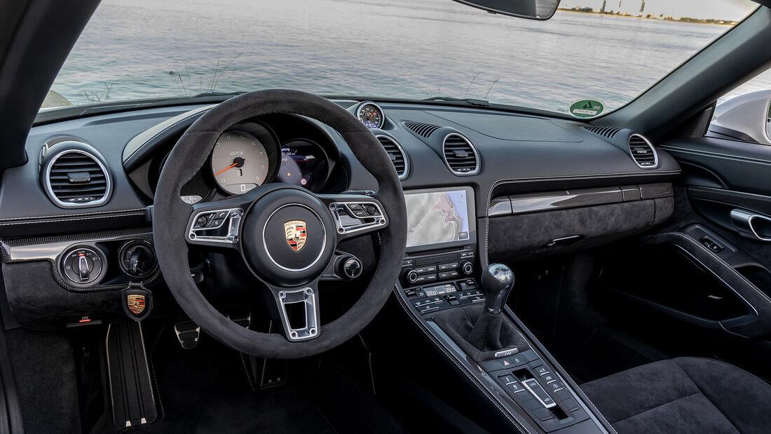 Porsche Cayman 718 GTS 4.0, Interieur