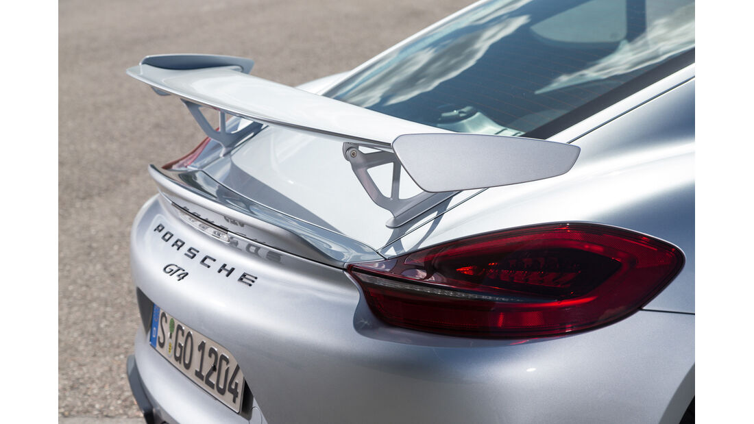 Porsche Cayman GT4, Heckflügel