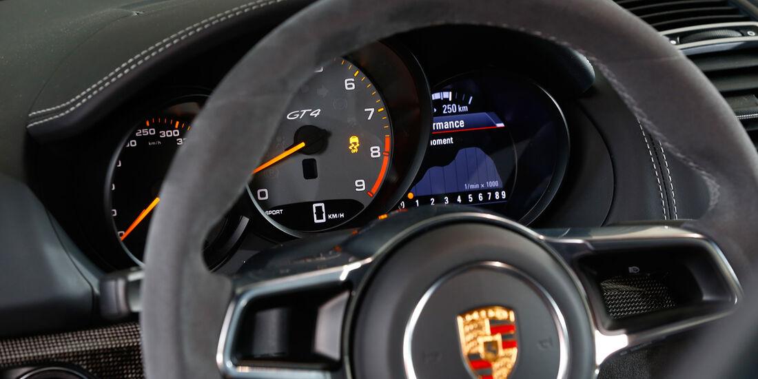 Porsche Cayman GT4, Rundinstrumente