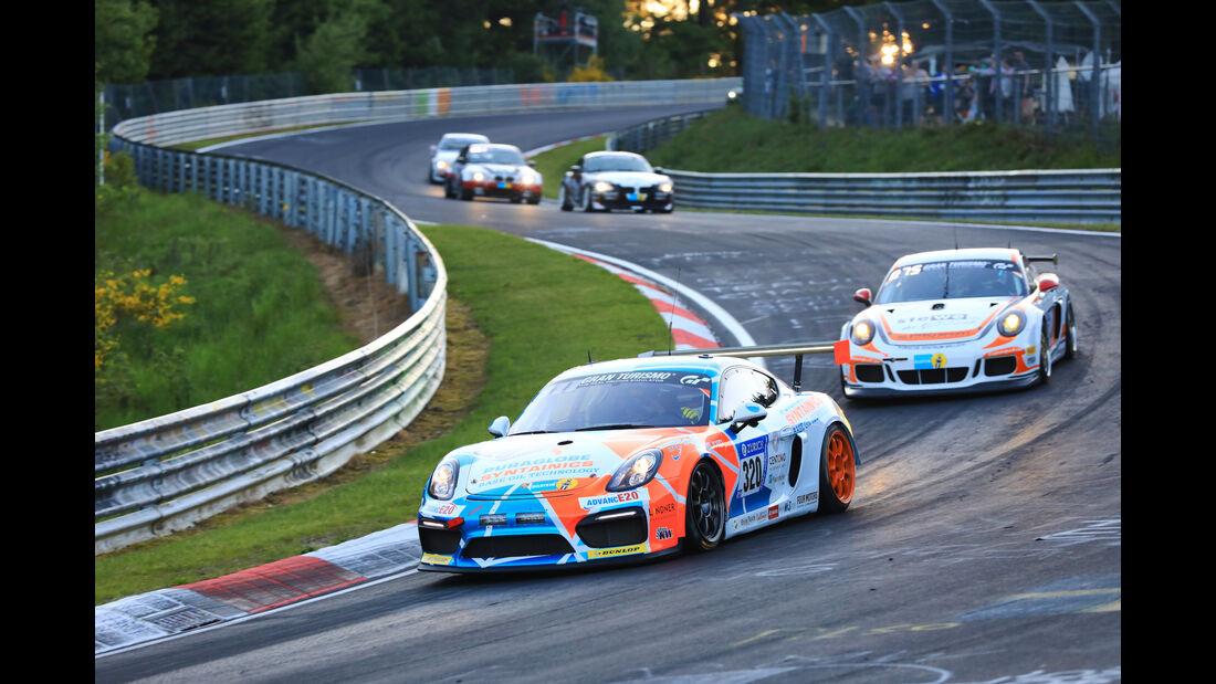 Porsche Cayman GT4 - Startnummer #320 - 24h-Rennen Nürburgring 2017 - Nordschleife