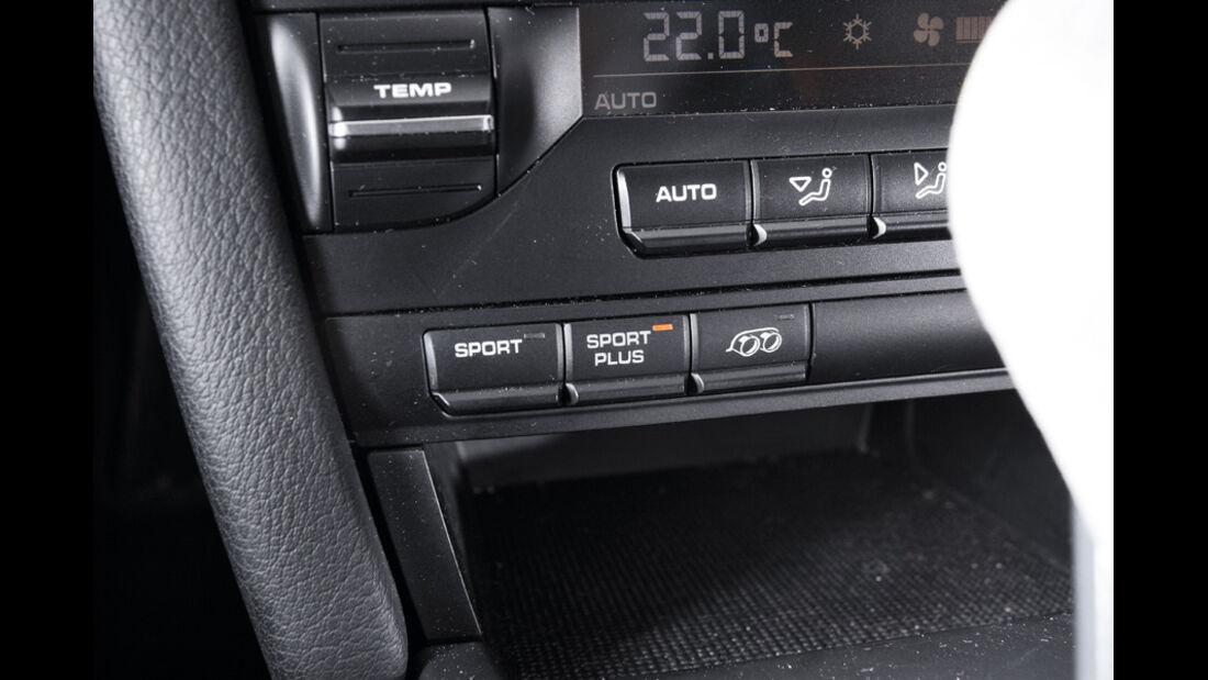 Porsche Cayman R, Detail, Sporteinstellung, Knopf