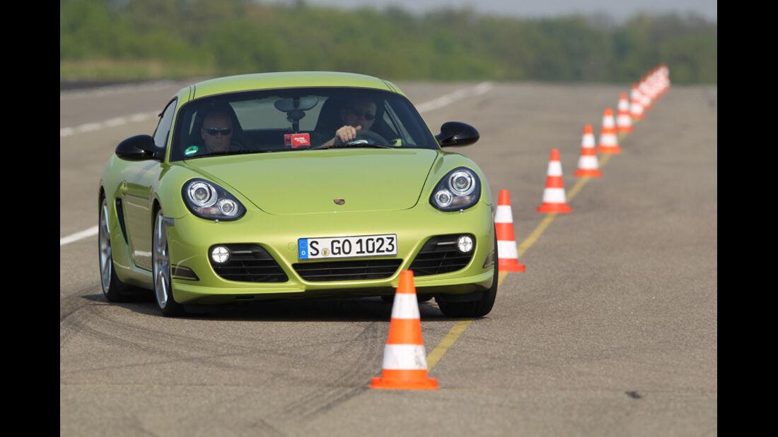 Porsche Cayman R, Testrecke, Kurve, Hütchen