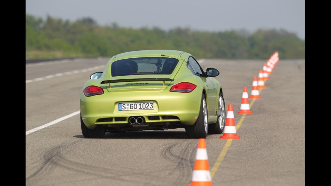 Porsche Cayman R, Testrecke, Kurve, Hütchen, Rückansicht