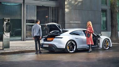Porsche Destination Charger