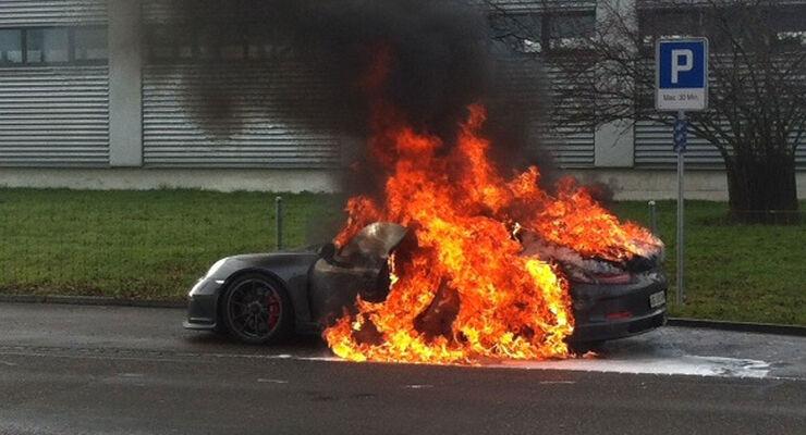 Porsche GT3 Brand Feuer