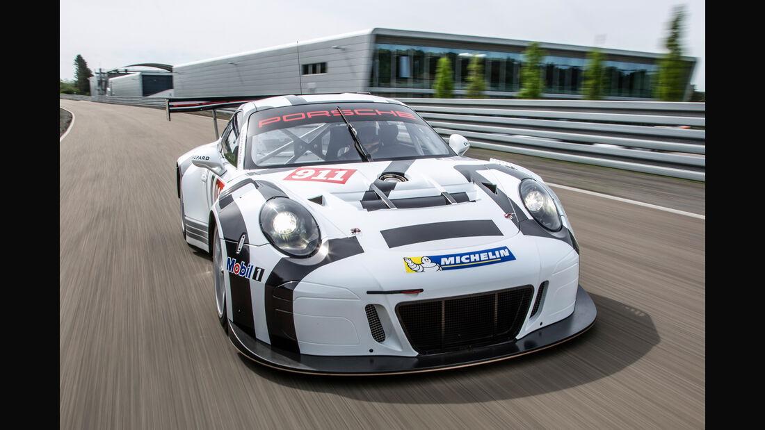 Porsche GT3 R Cockpit
