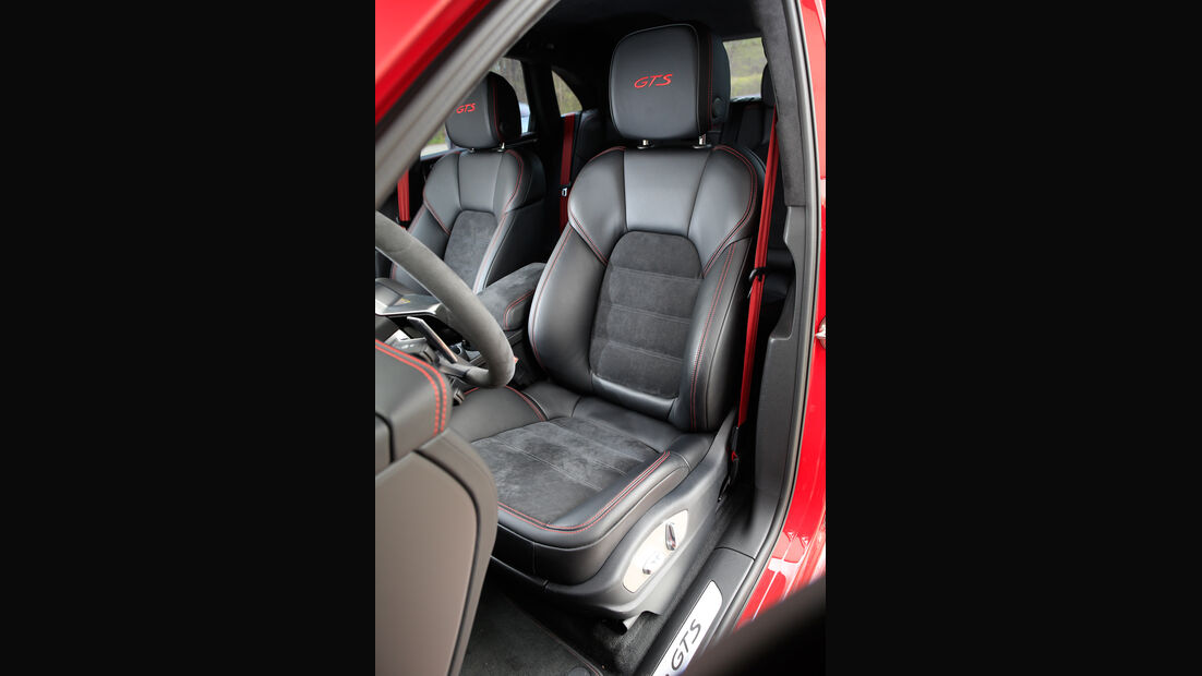 Porsche Macan GTS, Fahrersitz