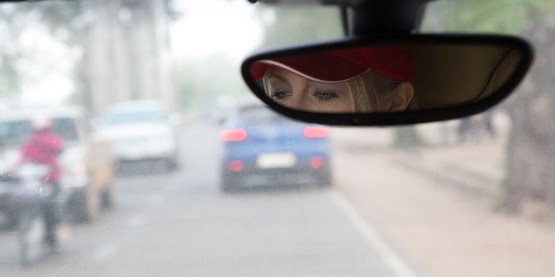 Porsche Macan Sicht auf die Straße
