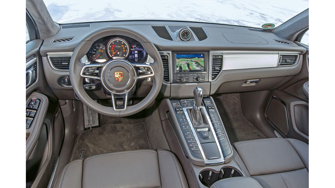 Porsche Macan Turbo, Cockpit