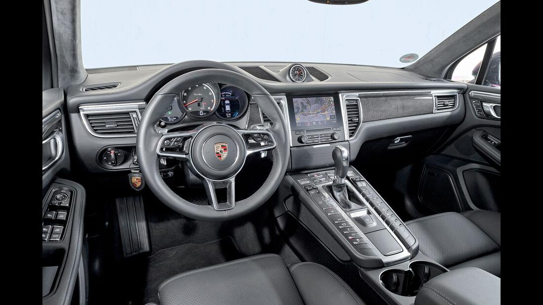 Porsche Macan Turbo mit Performance Paket, Interieur