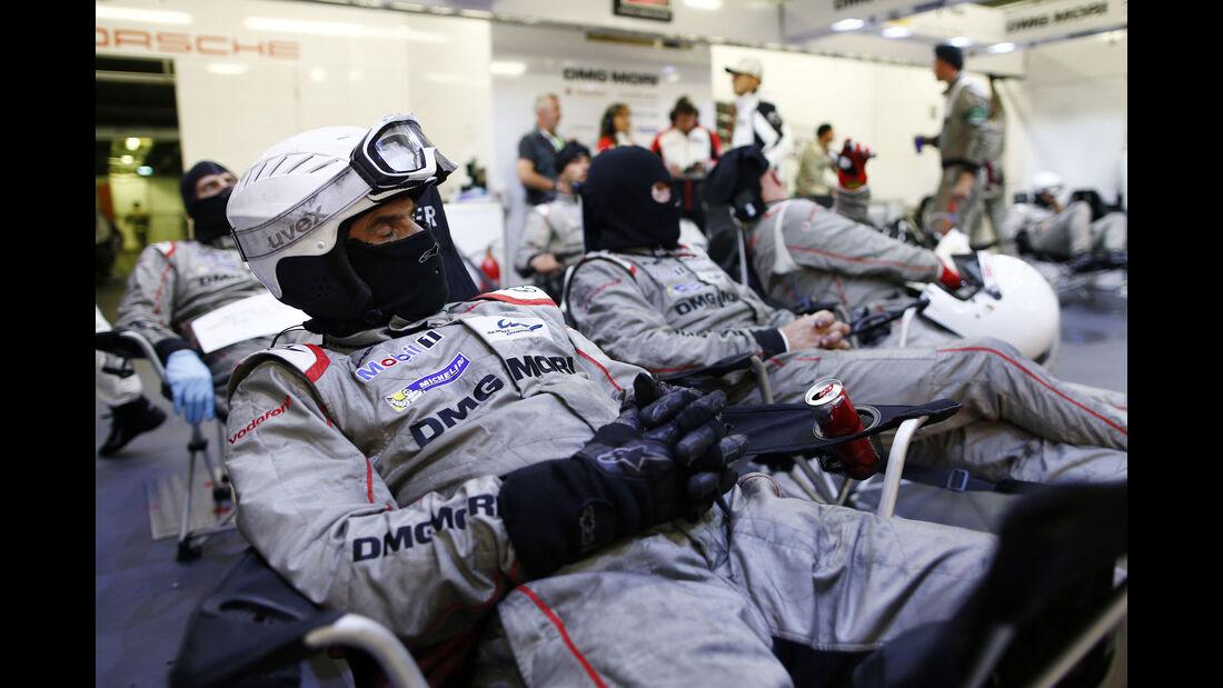 Porsche Mechaniker - 24h Le Mans - Sonntag - 19.06.2016