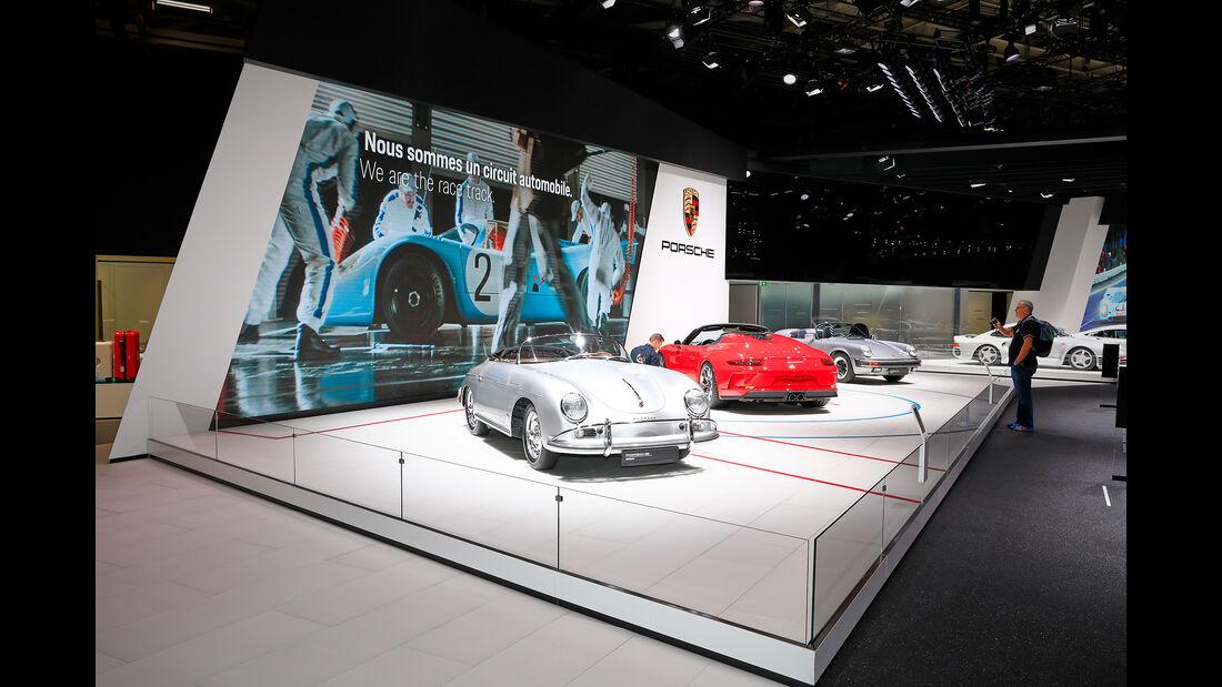 Porsche: Messestand Pariser Autosalon 2018