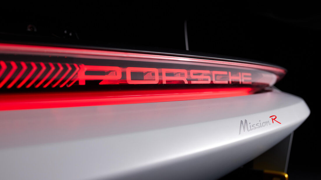 Porsche Mission R