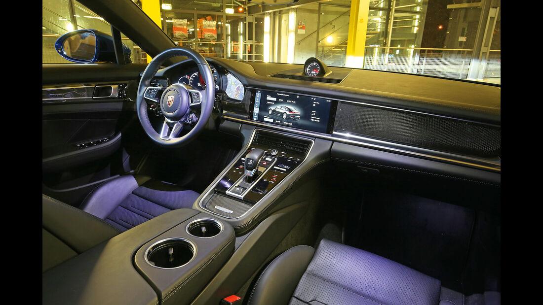 Porsche Panamera 4S Diesel, Cockpit