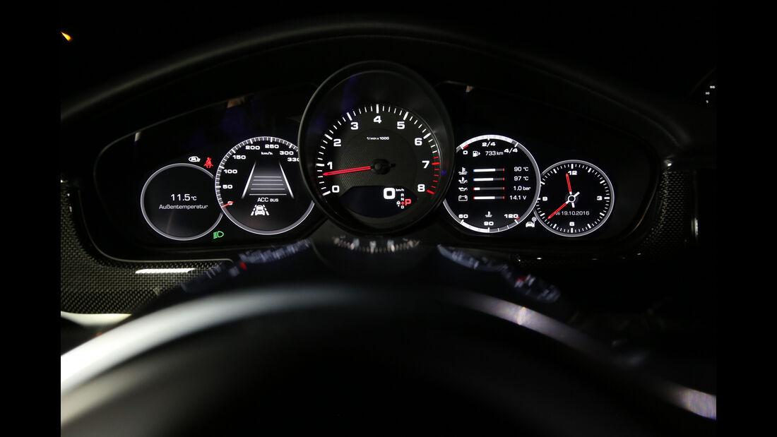 Porsche Panamera 4S, Rundinstrumente