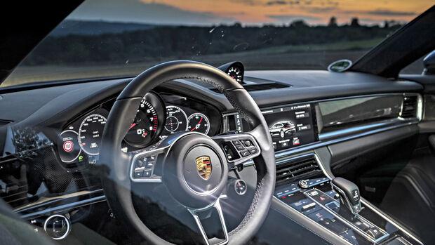 Porsche Panamera 4S Sport Turismo, Interieur