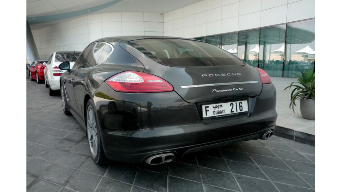 Porsche Panamera Abu Dhabi