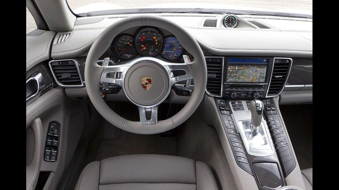 Porsche Panamera, Cockpit