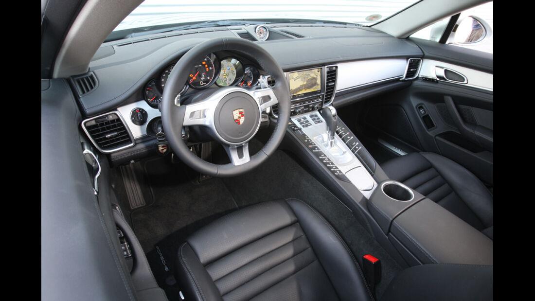 Porsche Panamera D, Cockpit