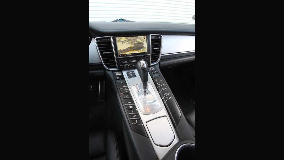 Porsche Panamera D, Mittelkonsole