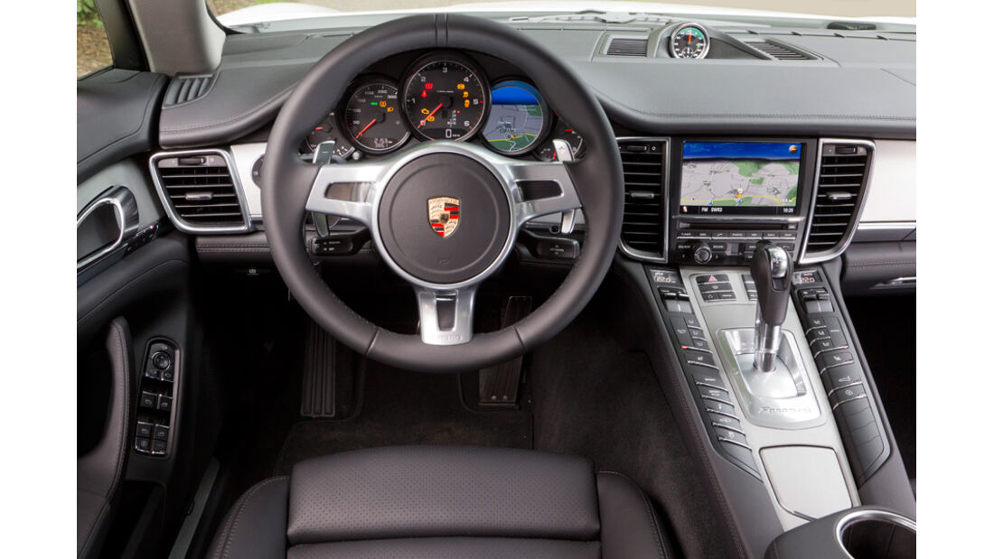 Porsche Panamera Diesel, Cockpit, Lenkrad