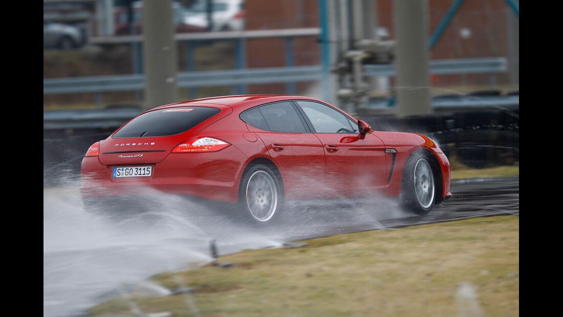 Porsche Panamera GTS, Heckansicht