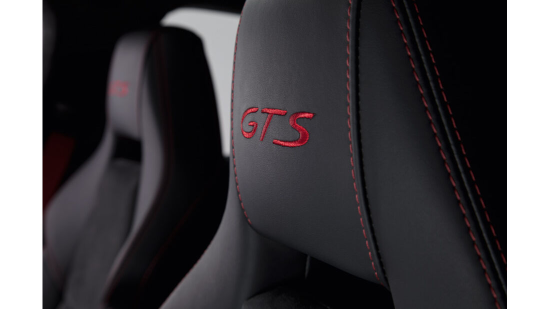 Porsche Panamera GTS, Kopfstütze, Emblem