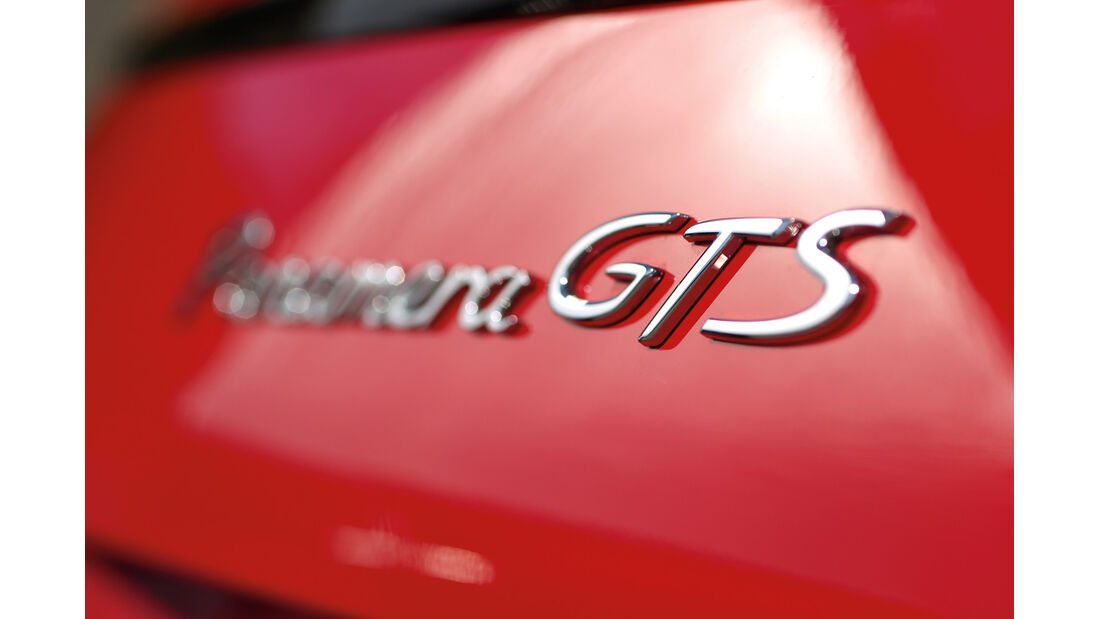Porsche Panamera GTS, Schriftzug, Typenbezeichnung