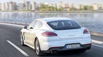 Porsche Panamera Plug-in-Hybrid, Heckansicht