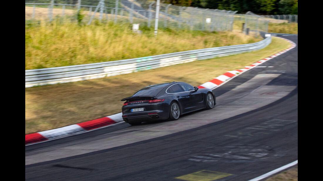 """Porsche Panamera Projekt """"Lion"""""""