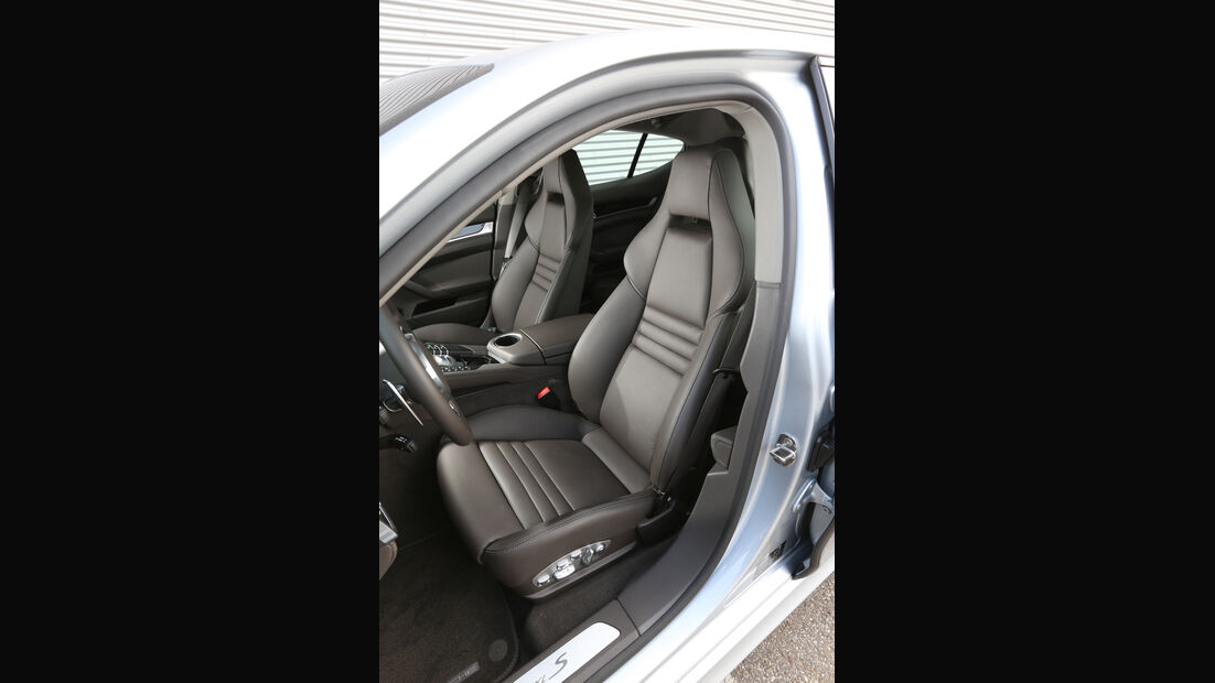 Porsche Panamera S E-Hybrid, Fahrersitz