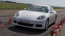 Porsche Panamera S E-Hybrid, Frontansicht, Bremstest