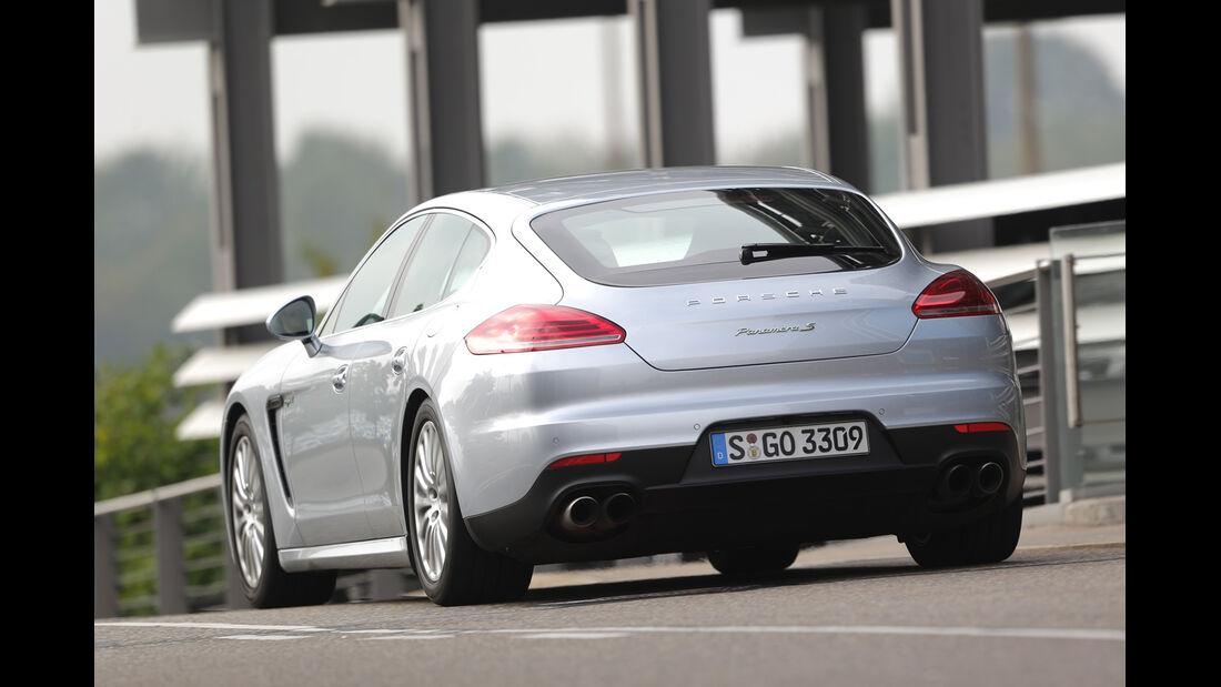 Porsche Panamera S E-Hybrid,  Heckansicht