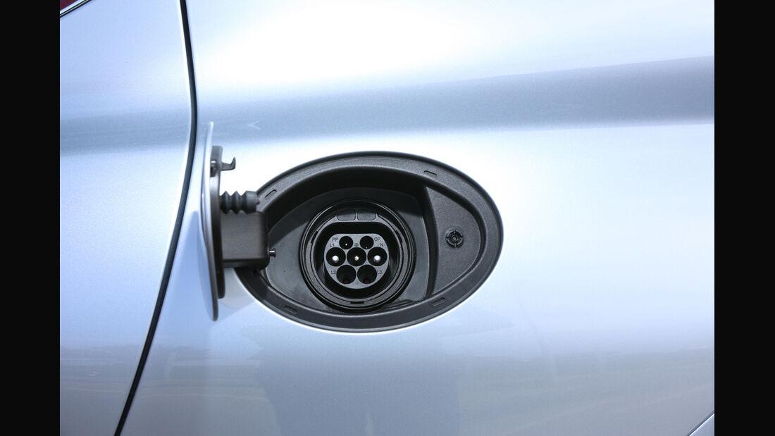 Porsche Panamera S E-Hybrid,  Stromanschluss
