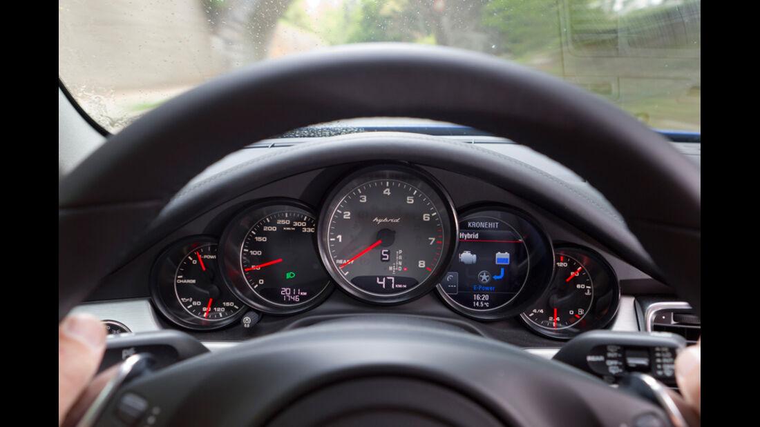 Porsche Panamera S Hybrid, Anzeigeinstrumente, Tacho