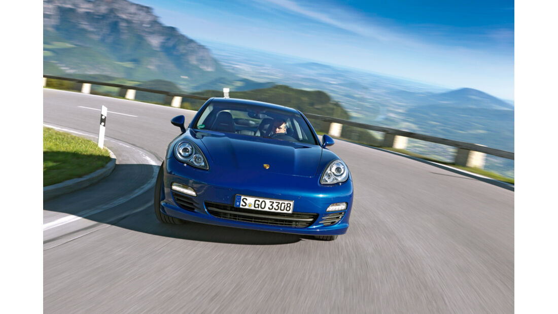 Porsche Panamera S Hybrid, Frontansicht, Kurvenfahrt, Bergstraße