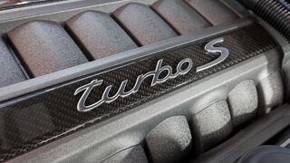 Porsche Panamera Tubo S, Motor, Turbo, Detail