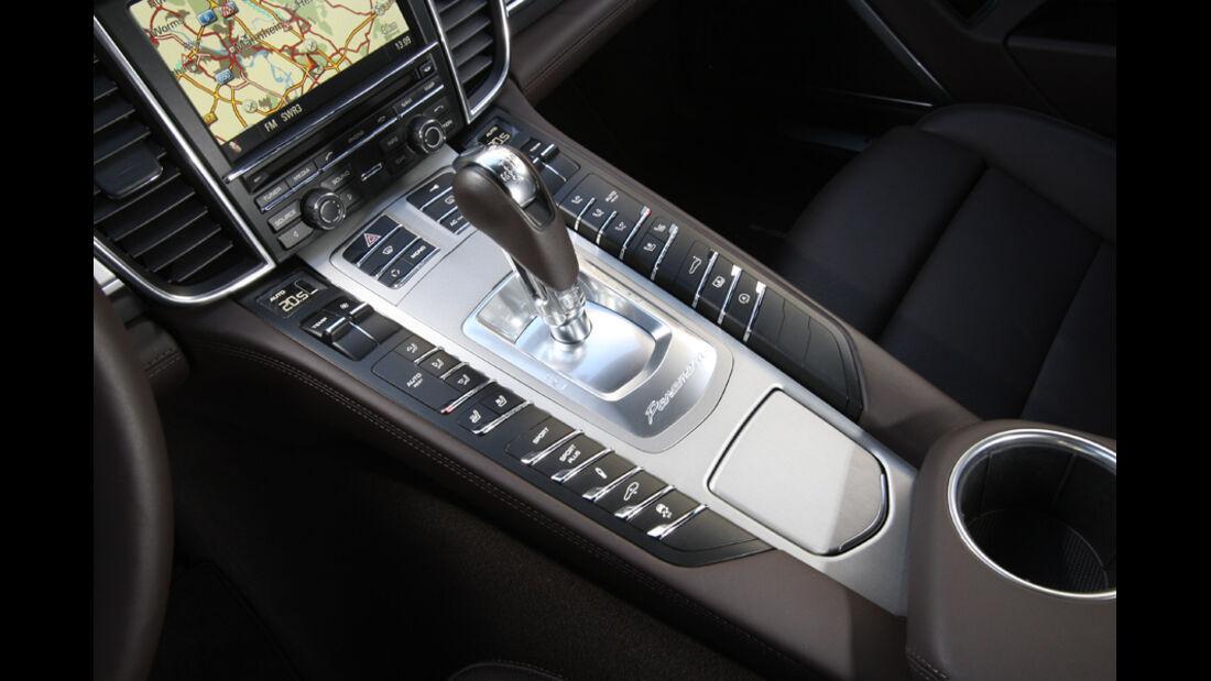 Porsche Panamera Turbo, Mittelkonsole