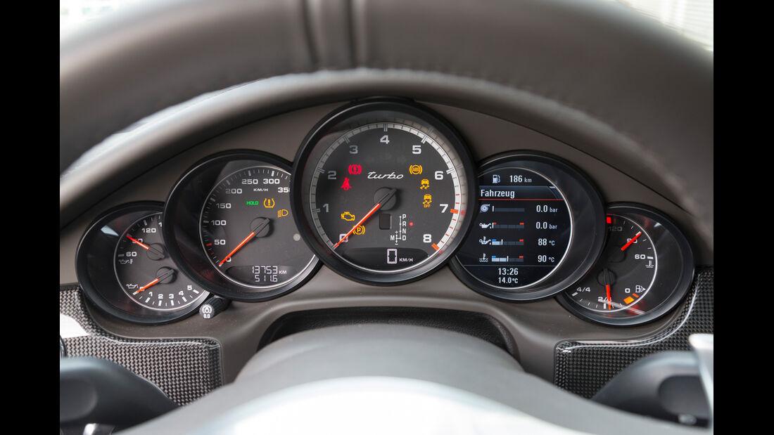 Porsche Panamera Turbo, Rundinstrumente