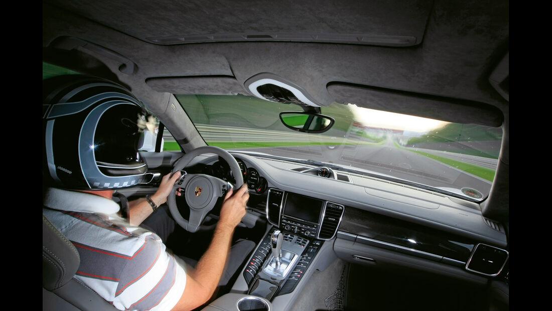 Porsche Panamera Turbo S, Cockpit