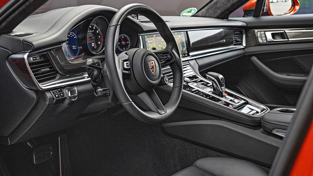 Porsche Panamera Turbo S, Interieur