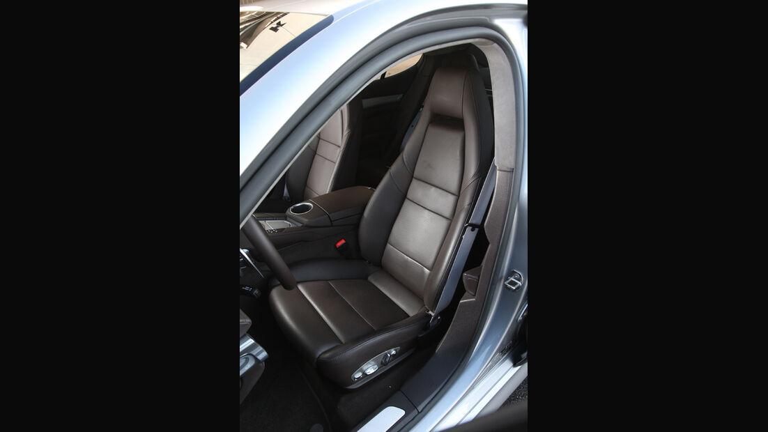 Porsche Panamera Turbo, Sitze