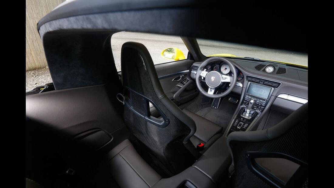 Porsche Targa 4S, Cockpit