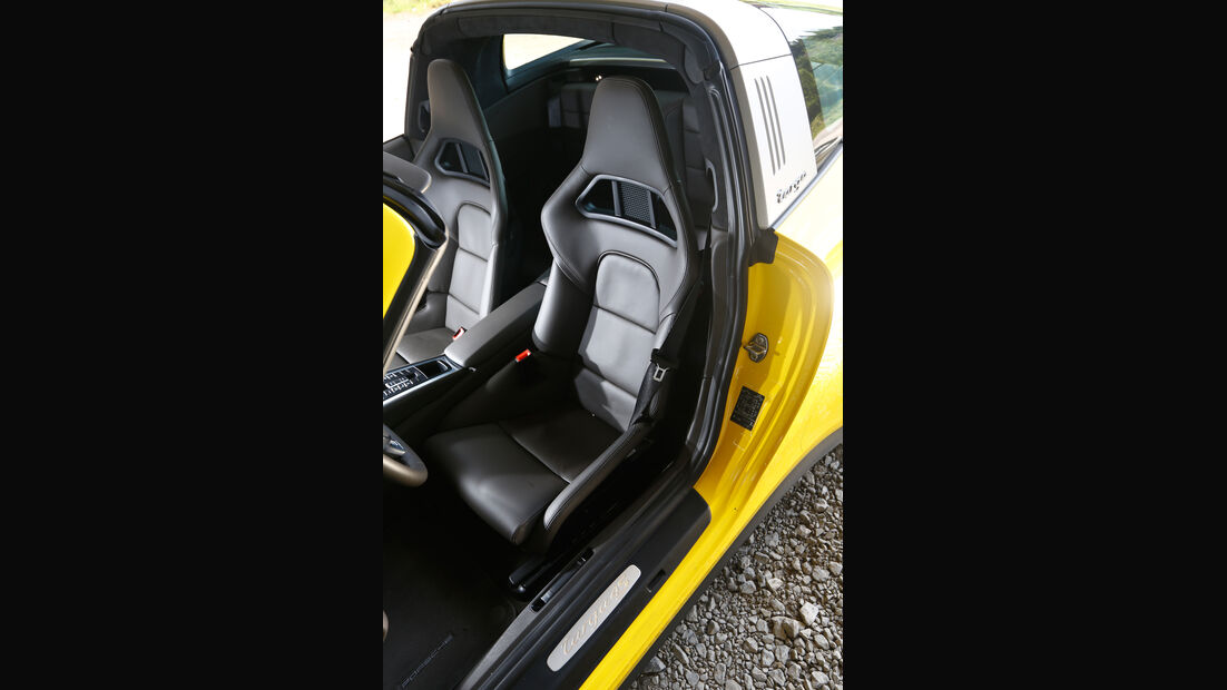 Porsche Targa 4S, Fahrersitz