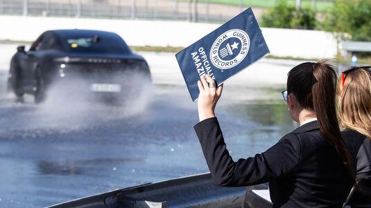 Porsche Taycan Drift Weltrekord Hockenheim