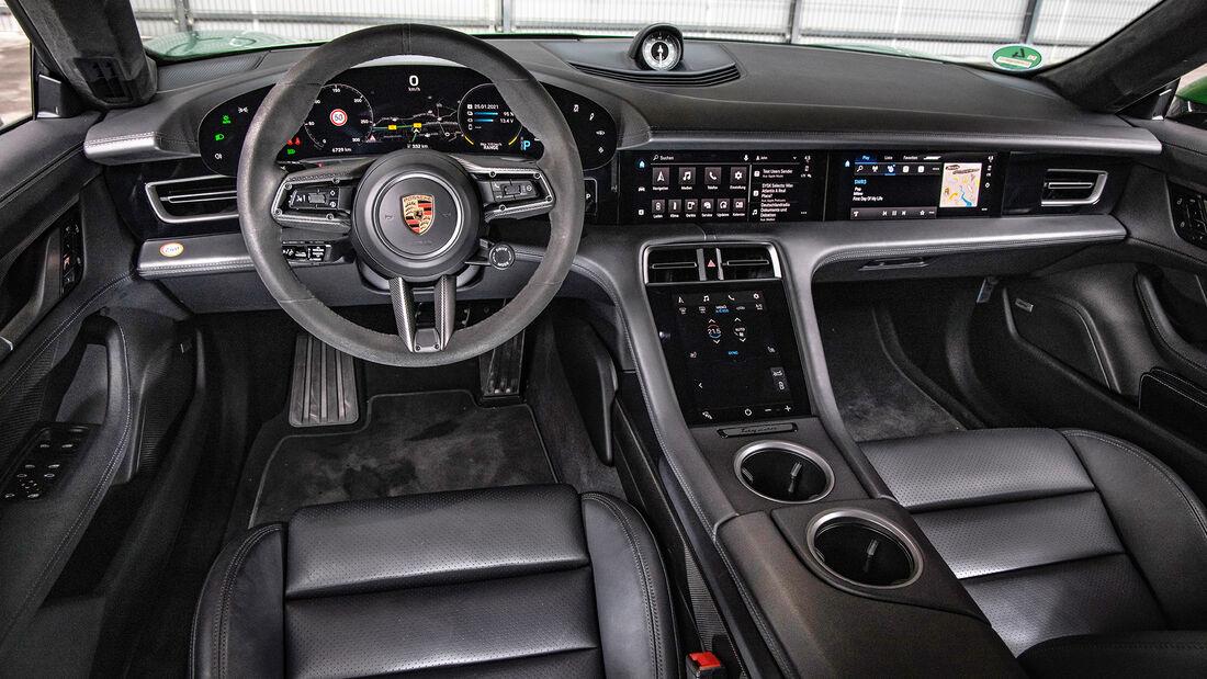 Porsche Taycan, Interieur