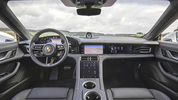 Porsche Taycan Turbo S, Interieur