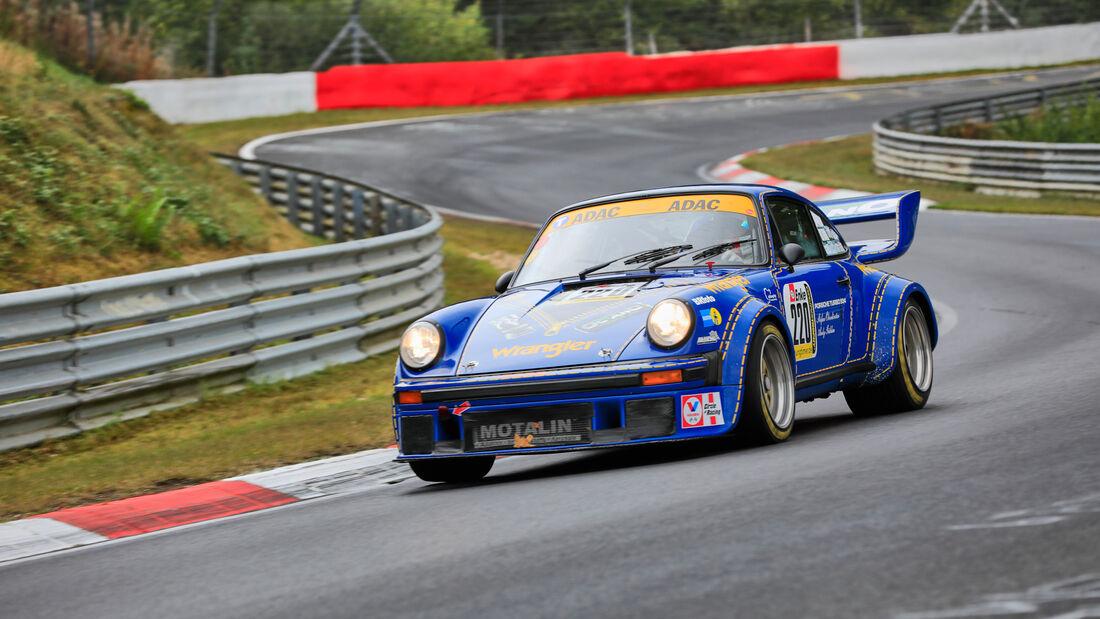 Porsche Turbo - Startnummer 220 - 24h Classic - 24h Rennen Nürburgring - Nürburgring-Nordschleife - 25. September 2020